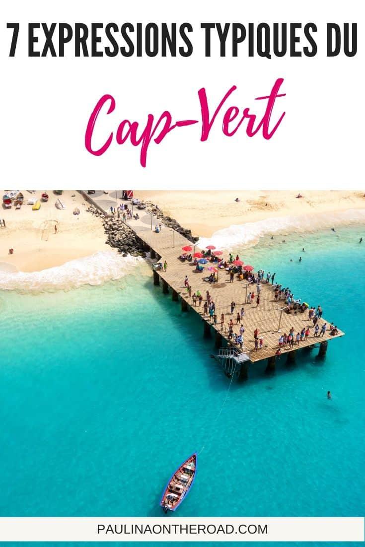 Vous voulez apprendre le capverdien? Decouvrez 9 expressions typiques du Cap-Vert qui seront tres utiles lors de votre voyage au Cap-Vert. Le creole du Cap-Vert est tres facile à apprendre comme il dérive du portugais, langue latine. Préparez-vous avec ces expressions du creole capverdien. #capvert #capverdien #creole #creolecapverdien #iles #vacances #capvertvacances #apprendrecapverdien #ilescapvert
