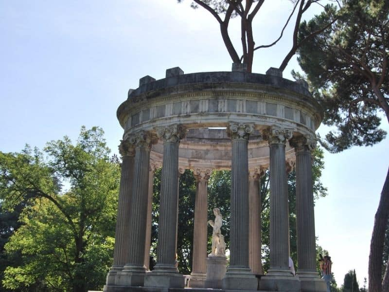 capricho park madrid, non touristy things to do in madrid