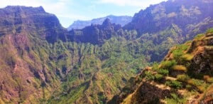 montains surrounding xoxo santo antao