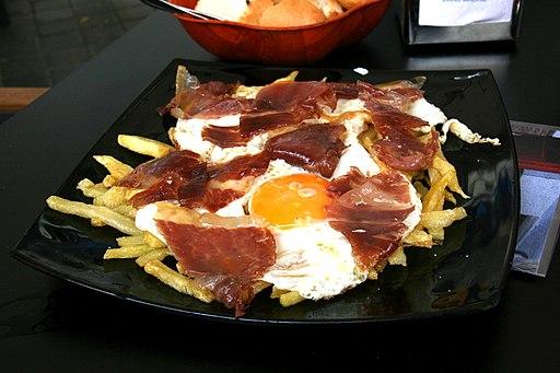 Huevos_rotos_Madrid_broken eggs, ham