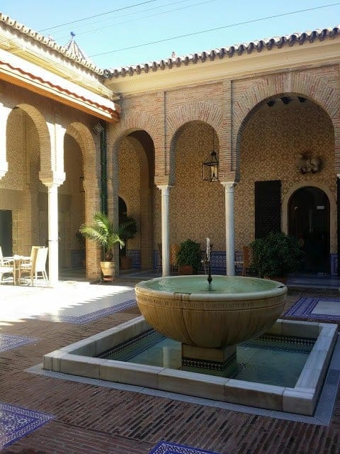 carmona, seville, sevilla, excursion, parador, viajar, travel, eat, comer, andalucia, white village, moorish