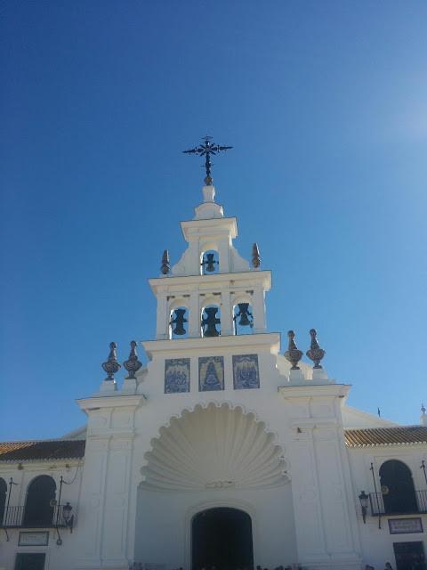 el rocio, seville, sevilla, huelva, excursion, trip, hotel, flamenco, dance, music, folclore, folklore, señora, horses, caballos