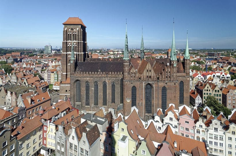 best tours of gdansk, overlooking st mary basilica