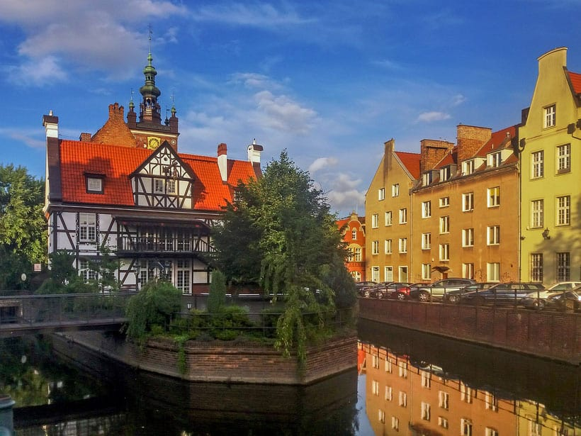 gdansk free tour, view of st catherine's church