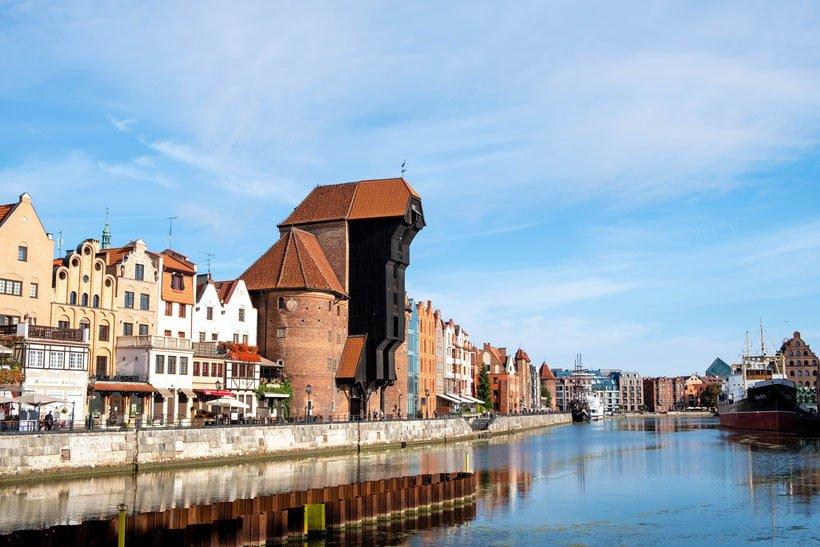 take a gdansk tour to the crane house on the motlawa river