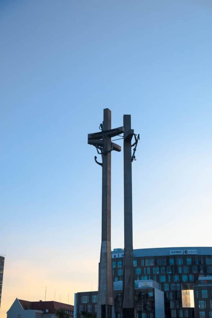 where to visit on a walking tour of gdansk, the monument to the fallen shipyard workers