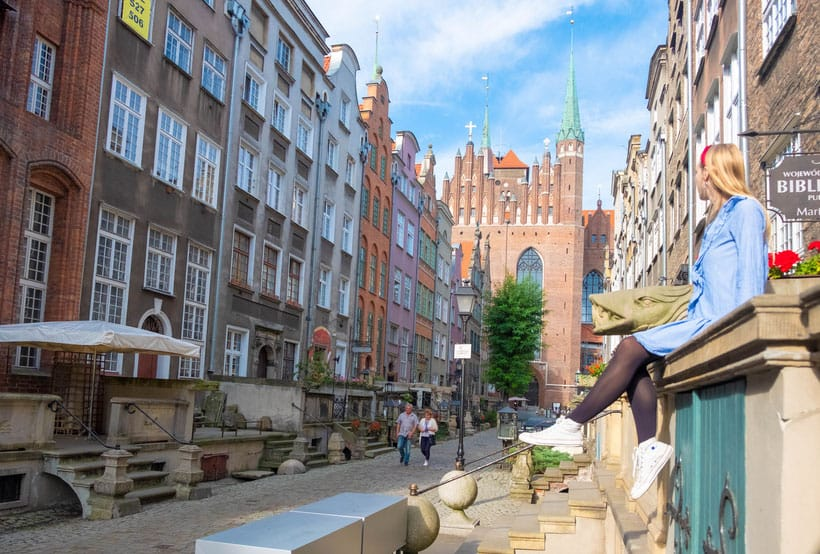 where to go in gdansk, hanging out on st mary street - mariacka street