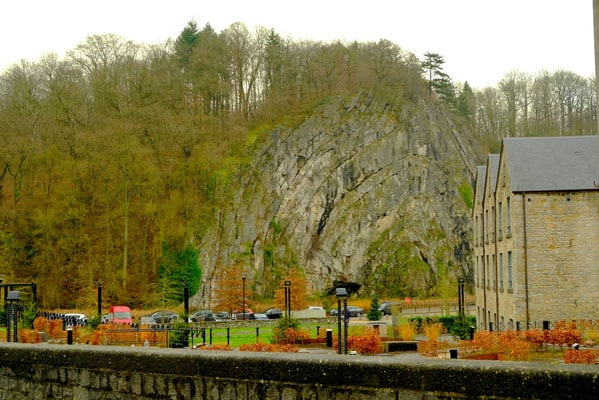 durbuy, belgium, day trip, brussels, christmas market, winter time, what to do, where to stay, where to eat, food, restaurant, ardennes, wallonia, bruges, ardennen, hiking, trekking, outdoor, xmas, luxembourg, small city, waffle, fries, beer, chocolate
