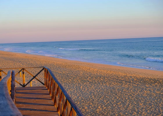 portugal, algarve, where to stay, what to do, quinta do lago, country club, golf, courses, field, birdwatching, beach, sea, ocean, faro, what to do, what to see, best beaches, resort, holiday, cheap, conrad, property, loule, vilamoura, airport