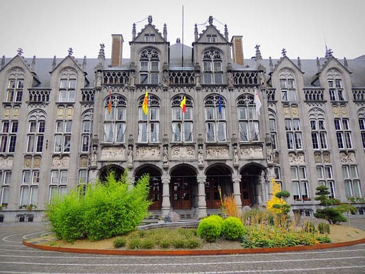 what to see in liege, historic building in liege belgium