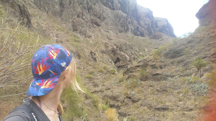 Getting that hike started! - Empezando la ruta!