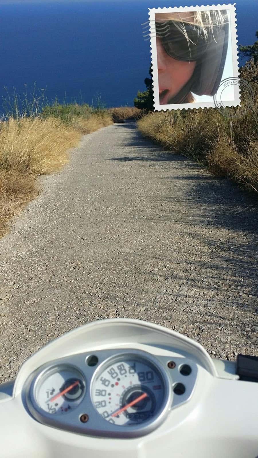 paros, grecia, que hacer, viajar, deportes nauticos, hotel, resort, viaje, atenas, crisis, desde espana, playa, comida, santorini, mykonos, scooter, moto