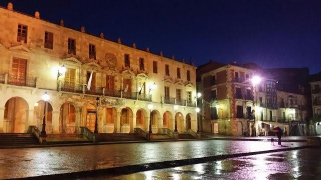 Soria, madrid, excursion, travel, tourism, comer, beber, food, drink, visit, visitar