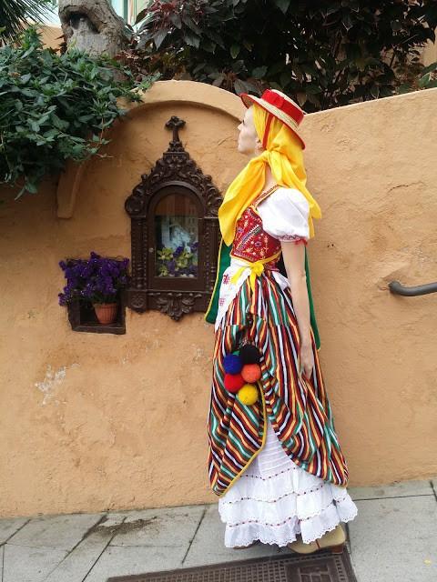 Tenerife, spain, traditional dress, traje tipico, maga, orotava, artesania, hand craft, espana, tradiciones, traditions, folclore, folklore, islas canarias, canary islands