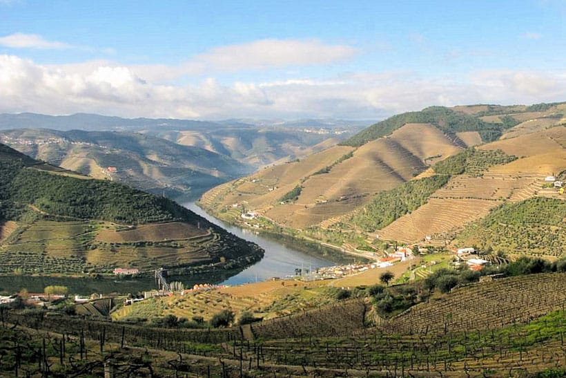 top things to do, places to see, where to eat, portugal, northern portugal, porto, douro, wine, winery, food, blogger, travel, visit, traveling, roadtrip, regua, pinhao, hiking, points of interest, places to go, where to stay, excursion, cruise, valley,