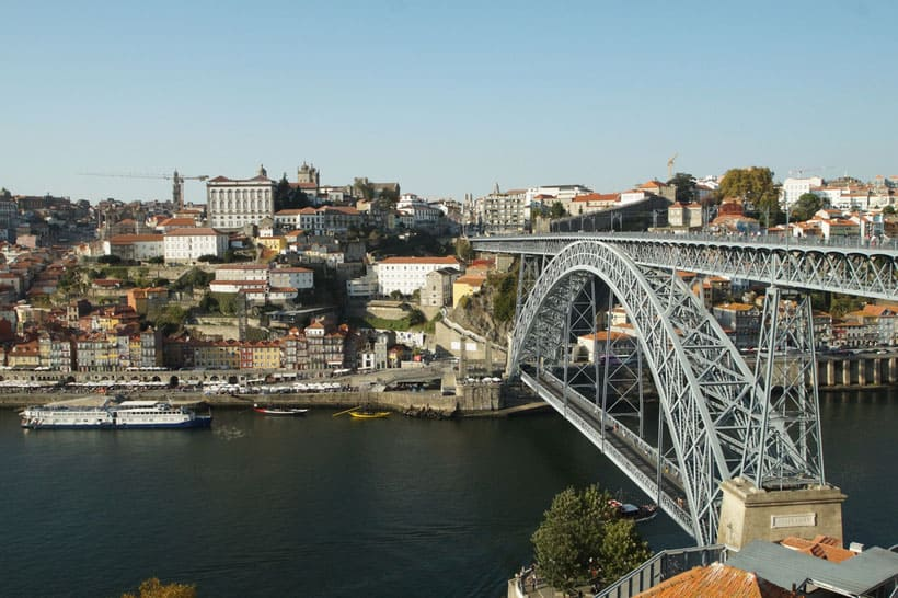 top things to do, places to see, where to eat, portugal, northern portugal, porto, douro, wine, winery, food, blogger, travel, visit, traveling, roadtrip, regua, pinhao, hiking, points of interest, places to go, where to stay, excursion, holidays, bridge