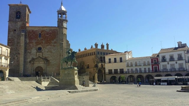 what to do in trujillo, spain, things to do, food, restaurant, where to stay, extremadura, visit, hotel, cheap, madrid, barcelona, conquistador, train, pizarro, caceres, plasencia, accommodation, definition, how to get there