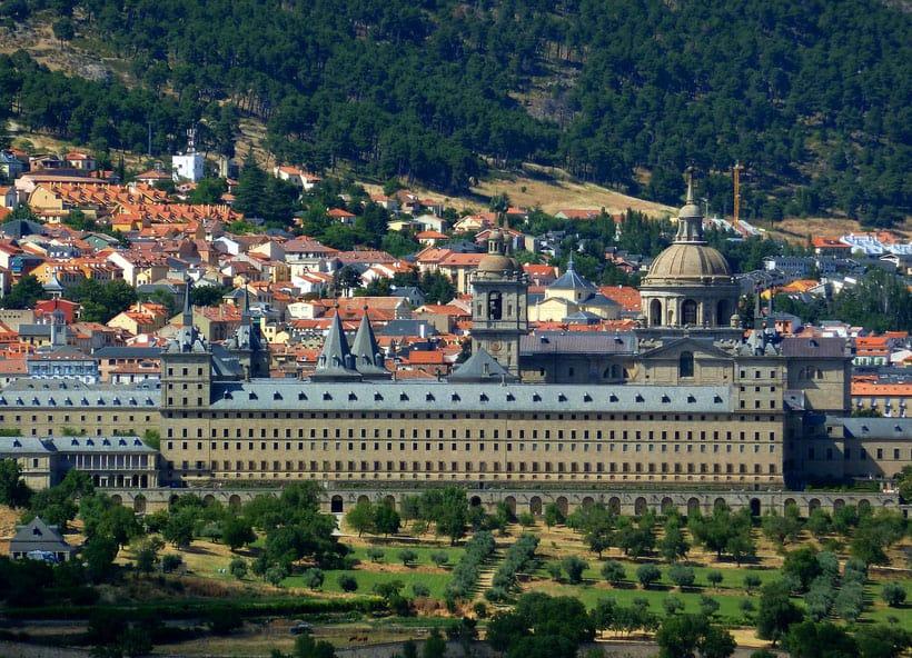 El Escorial, best area to stay in madrid spain, what area to stay in madrid