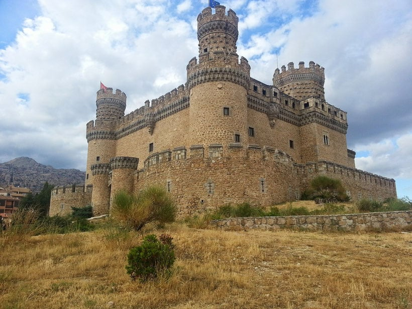 Castle of Manzanares El Real, best neighborhood in madrid, best area to stay in madrid for tourists