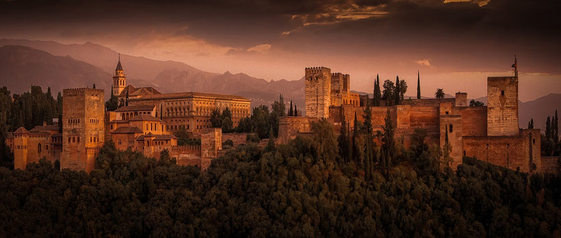 nice places in spain, most beautiful places in spain to live, alhambra palace in granada, spain