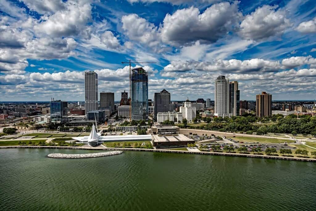 Unique Things to do in Milwaukee, aerial view of milwaukee
