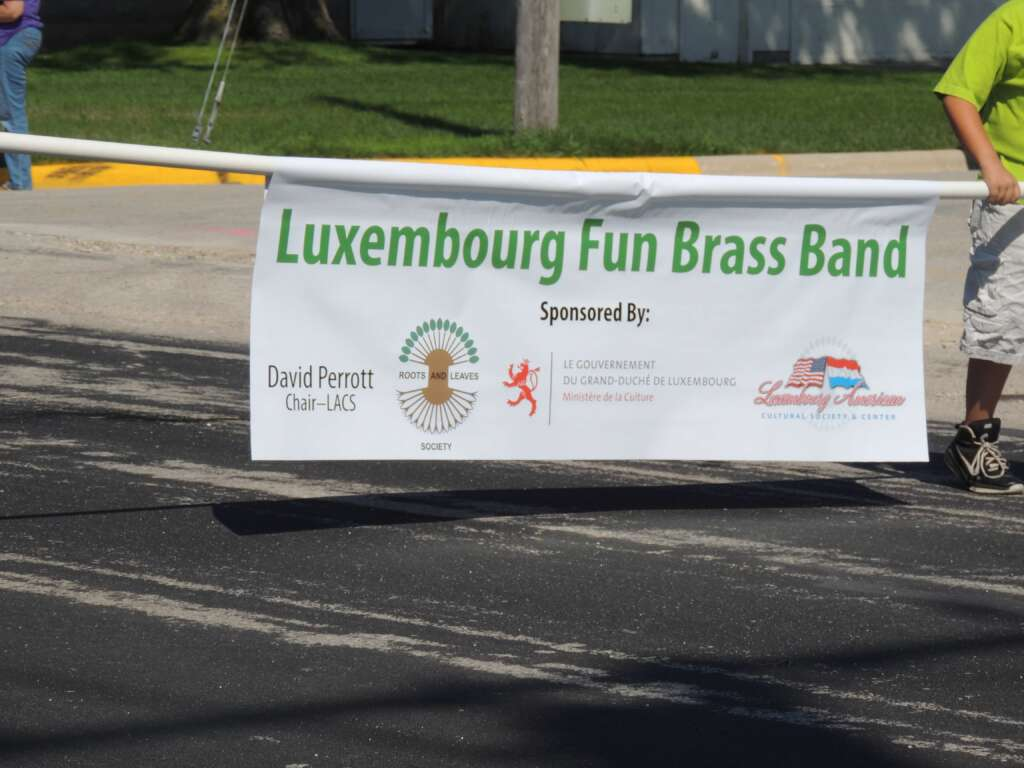 weekend road trips from milwaukee, brass band sign in belgium wisconsin