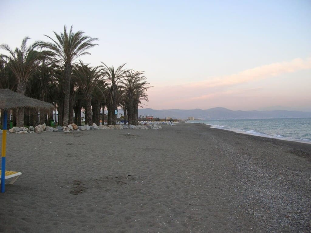 things to do near marbella, benalmadena beach at dusk