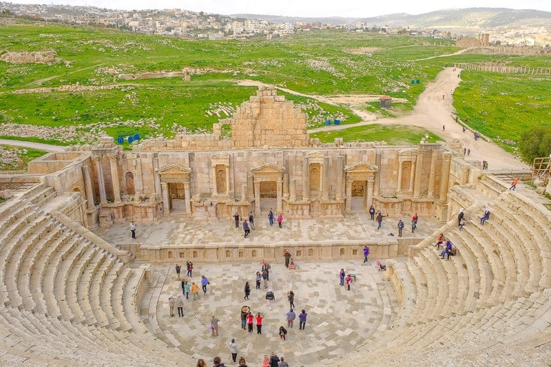 jordan 10 day itinerary, what to do in jordan, things to do in jordan, petra, aqaba, jordan hotels amman, jerash, dead sea, spa, luxury hotels, wadi rum, diving, hiking, treasury, amman, jerash