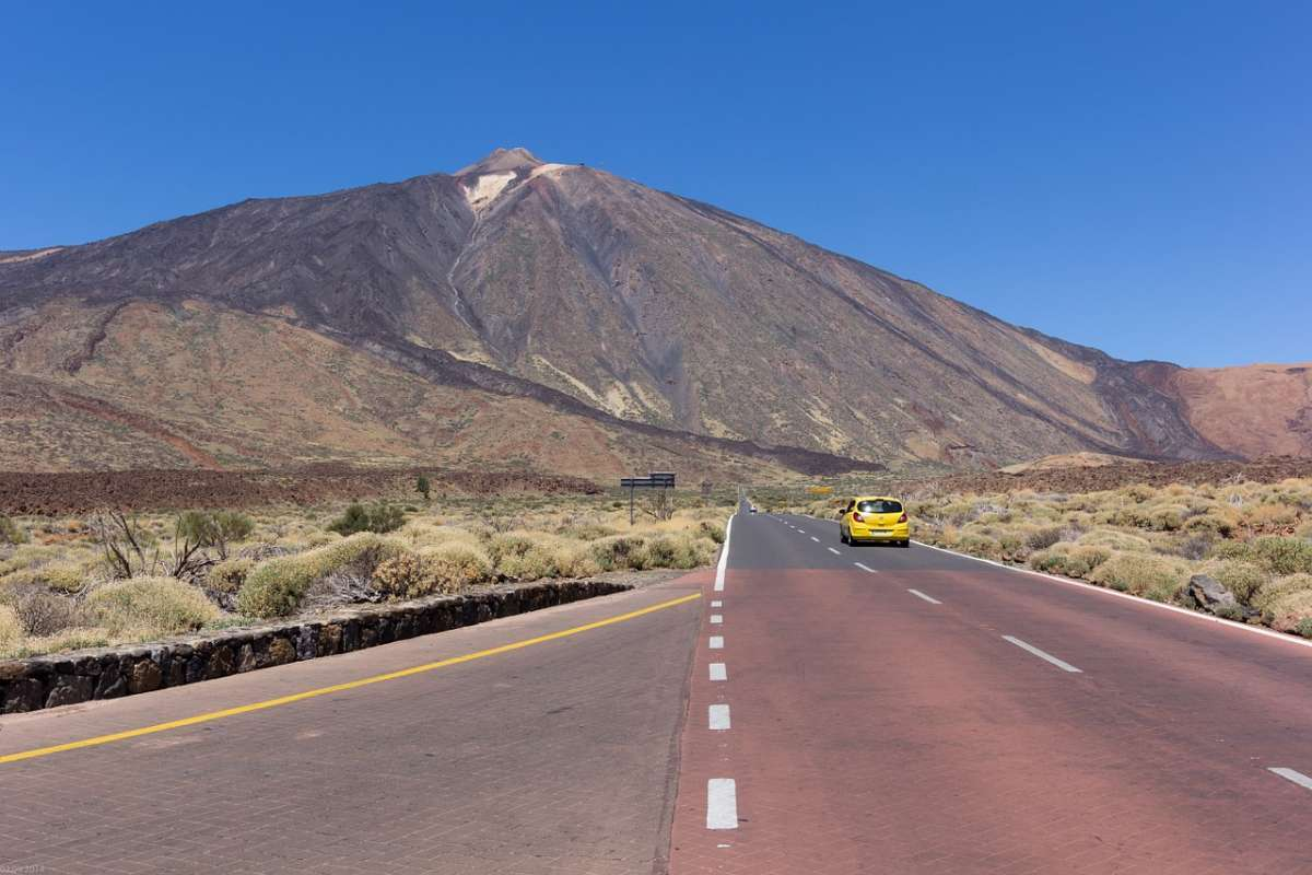 mount teide trips, how to visit mount teide, teide volcano, excursions, mount teide trips from costa adeje, mount teide trips from los gigantes, teide by night