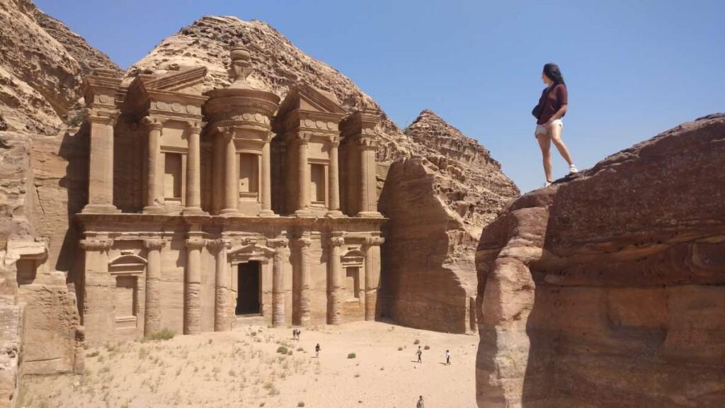que ver en jordania, los mejores hoteles en jordania, visiatar jordania, viajar a jordania, jordania turismo, amman jordania, aqaba, wadi rum, desierto jordania, aqaba, mar rojo, viaje a petra, circuito jordania,