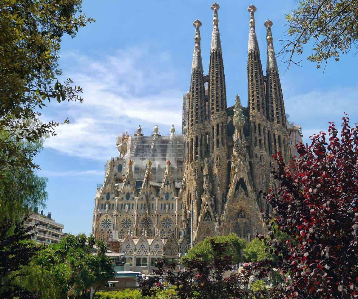 The most famous building in Barcelona, Spain is La Sagrada Familia, made by Antoni Guadi, the most famous architect in Spain