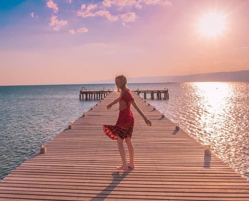 things to do in aqaba, jordan, red sea, wadi rum day trip, petra day tour, resorts, ayla oasis, souk, shopping, egypt, beaches, luxury