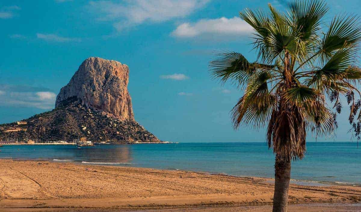 best beaches in southern spain, andalusia, spain, beach time, murcia, cartagena, beaches near seville, beahes near malaga, costa del sol