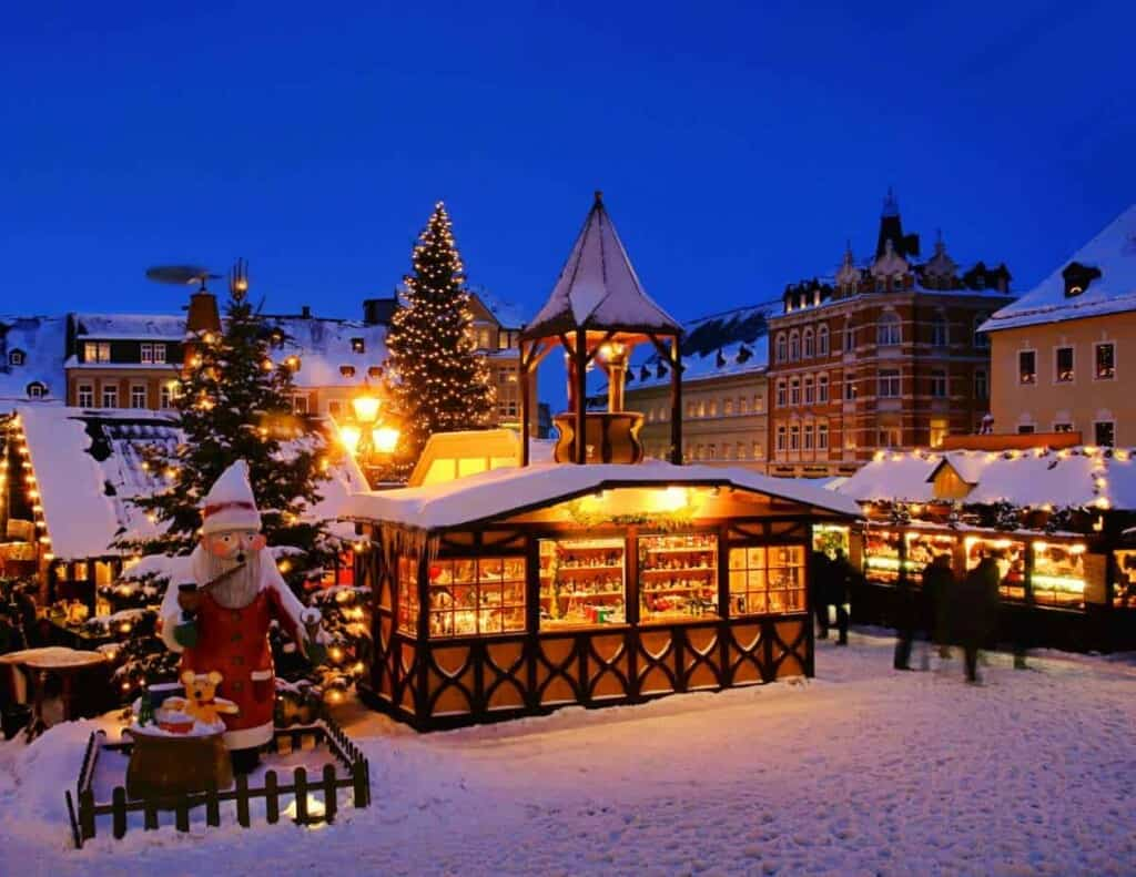 best european christmas market cruises, german christmas market cruises, romatic rhine, christmas market cruises on the rhine, christmas market cruises on the danube, nurnberg, bruges, southampton