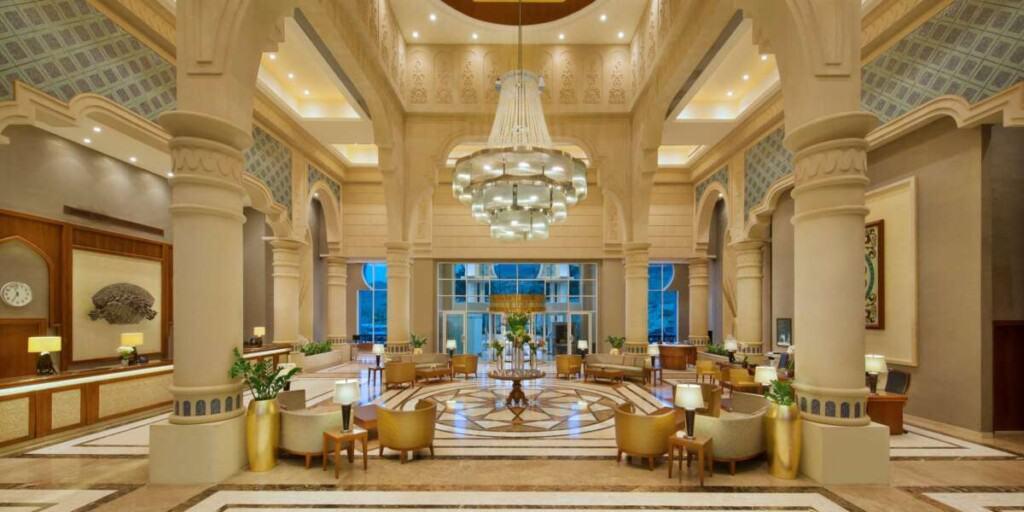 best dead sea hotels, dead sea spa resort, spa treatments, where to stay dead sea jordan, crowne plaza