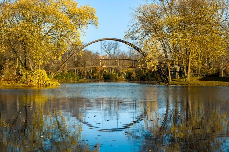 places to hike in southern wisconsin, Tenney Park bridge on a fall morning, Madison, Wisconsin