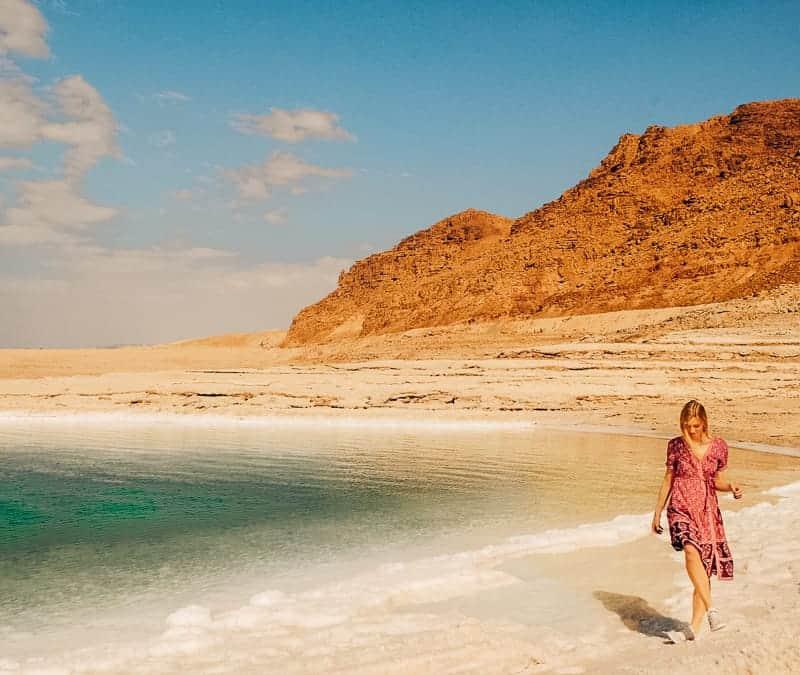 things to do in jordan, hiking to wadi mujib near dead sea, jordan