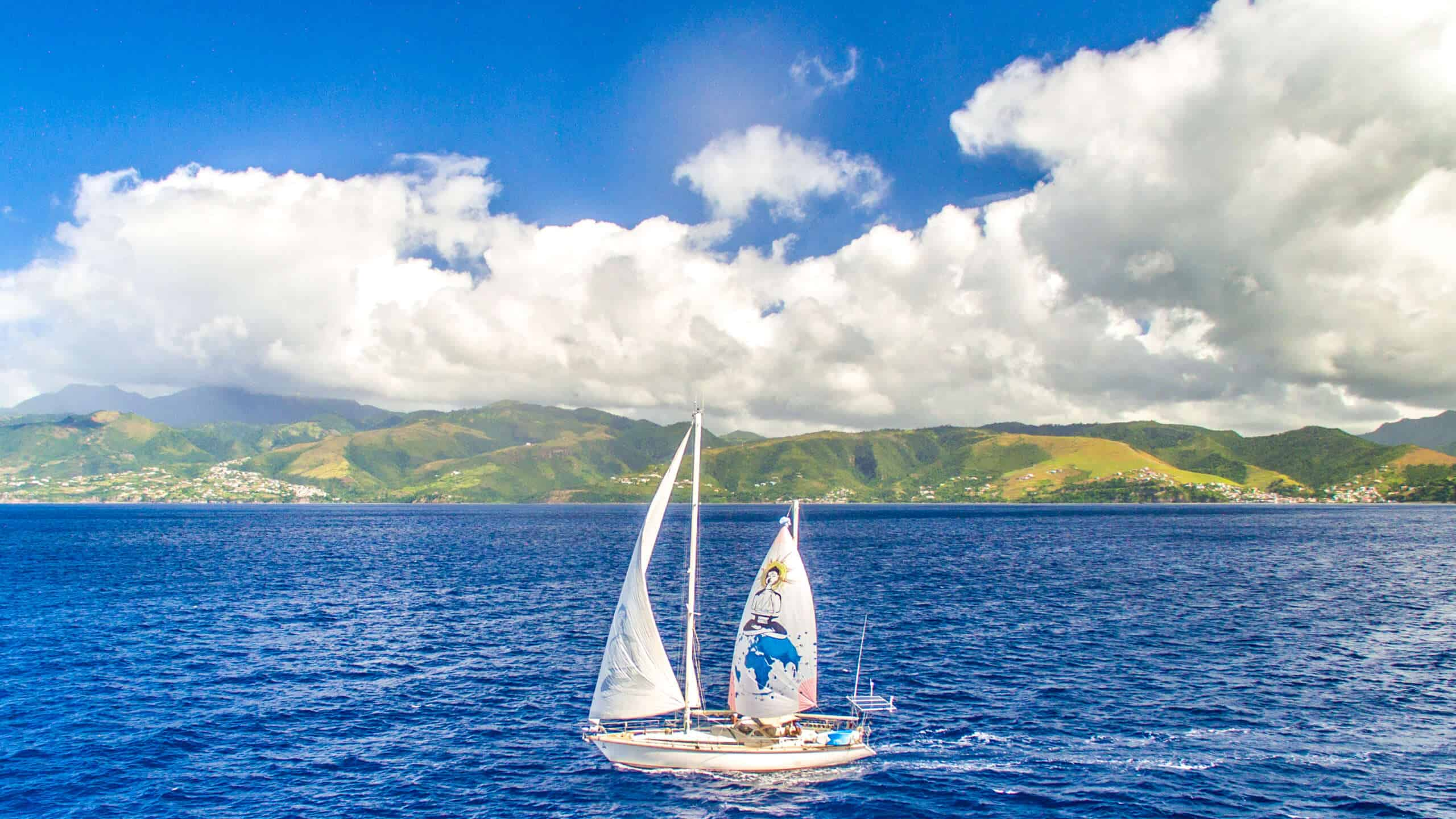 Why Sailing is the Best Form of Sustainable Travel, sailing boat, sea, boat hitchhiking
