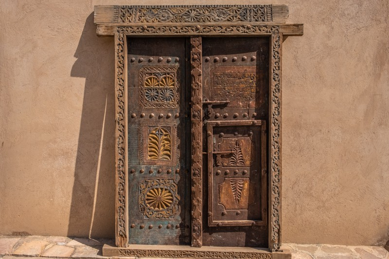 door in nizwa, oman, where to stay in muscat, oman, best hotels in oman