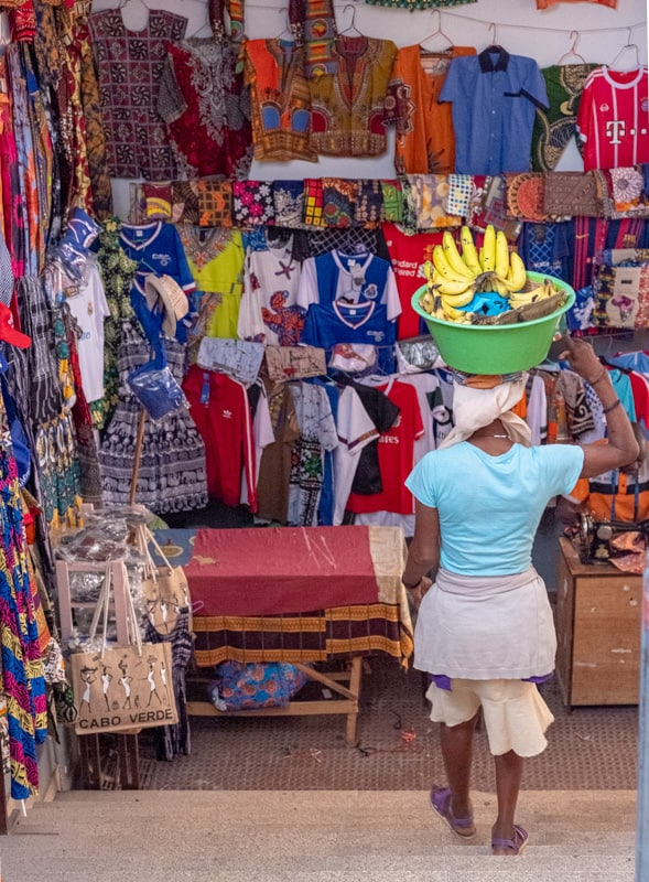 Things to do in Santiago Island, Cape Verde, Women selling bananas in the cloth market