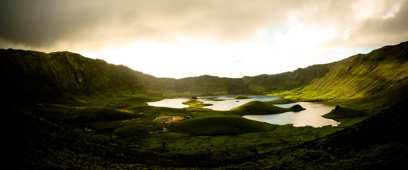 Hiking Caldeirao, Corvo Island, best hiking trails in azores