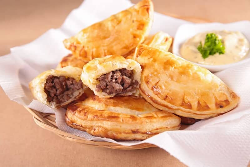 empanada with beef, cabo verde pastel, cape verde food, traditional cape verde food