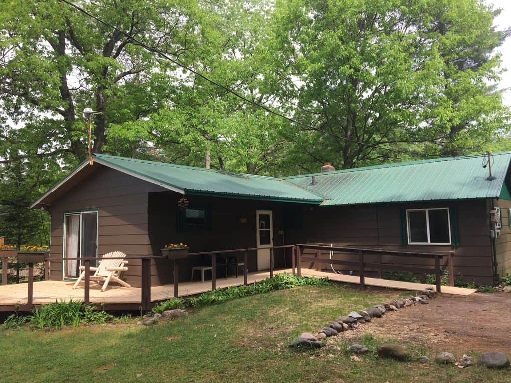 Romantic Cabins in Wisconsin, Spider Creek Country Cottage and Spider Creek