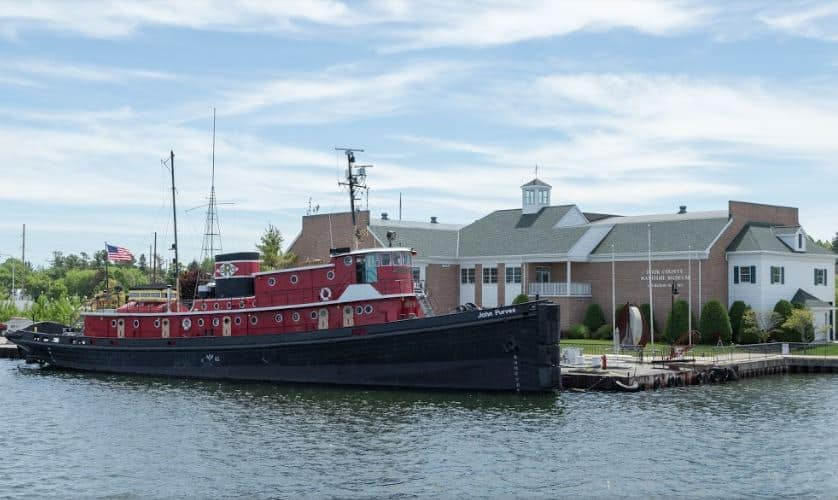 Cool things to do in Door County, WI, Front view of Maritime Museum with ship