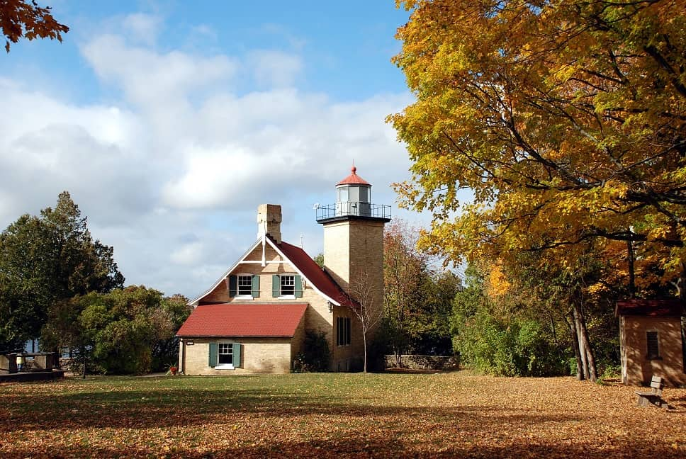 scenic hiking trails in wisconsin, Eagle Bluff Lighthouse