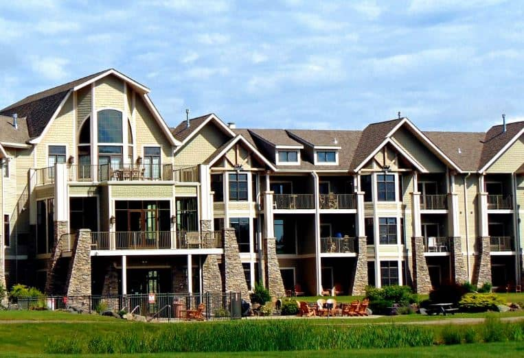 Best Resorts in Northern Wisconsin, Front view of Northernaire Resort