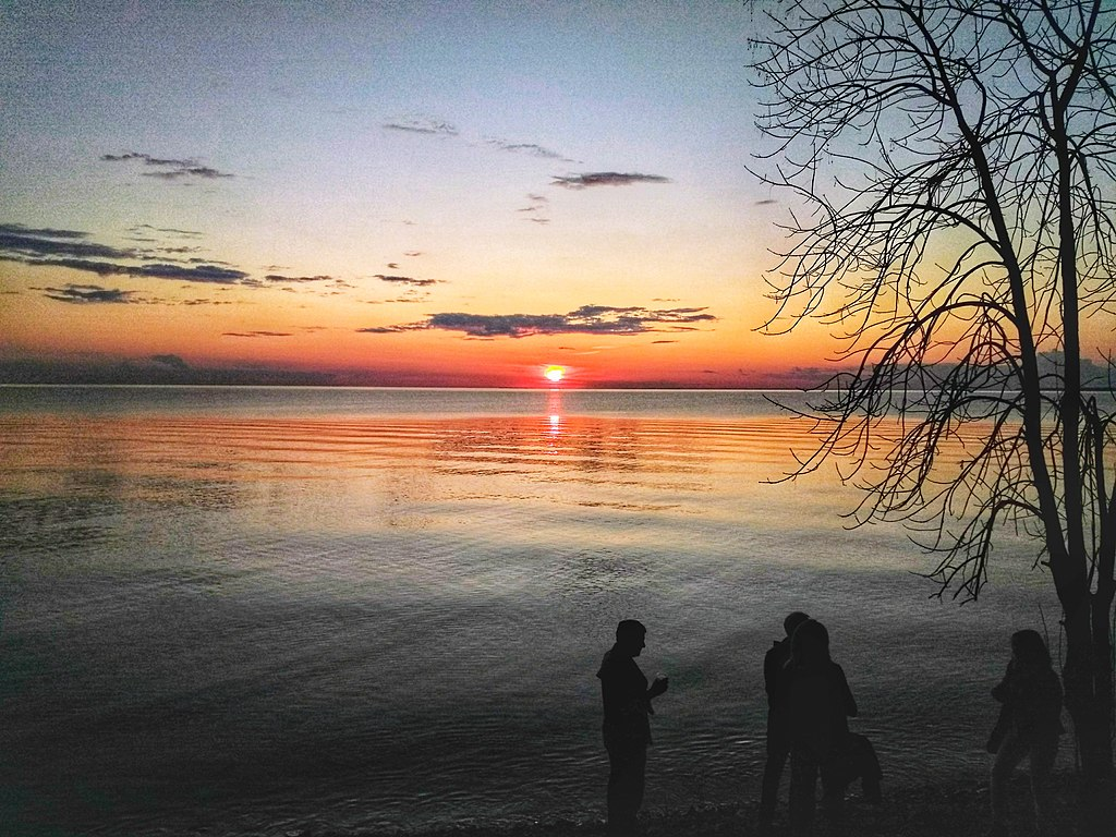 what to see in door county, Sunset near Green Bay and Fish Creek-Door County-Wisconsin