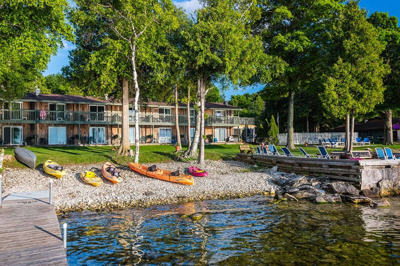 Places to stay in northern wisconsin, best view of the shallows resort with lake view