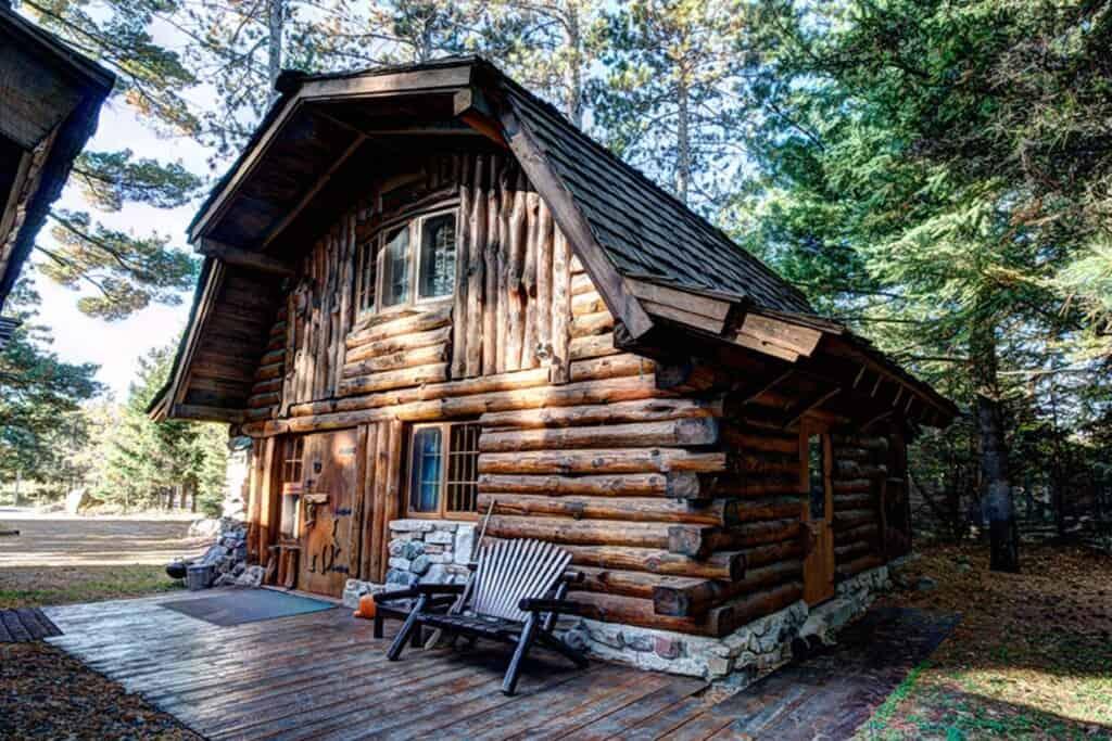 big bear hideaway, resort in northern wisconsin, usa, boulder junction