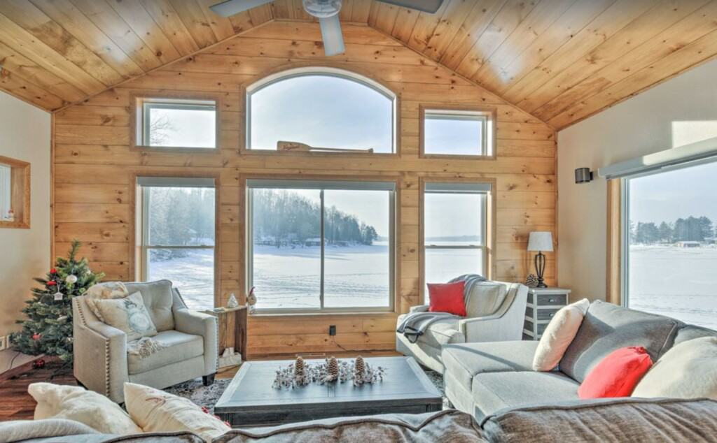 romantic winter cabins in wisconsin, inside view of Eagles Nest Northwoods Retreat – Wisconsin Dells